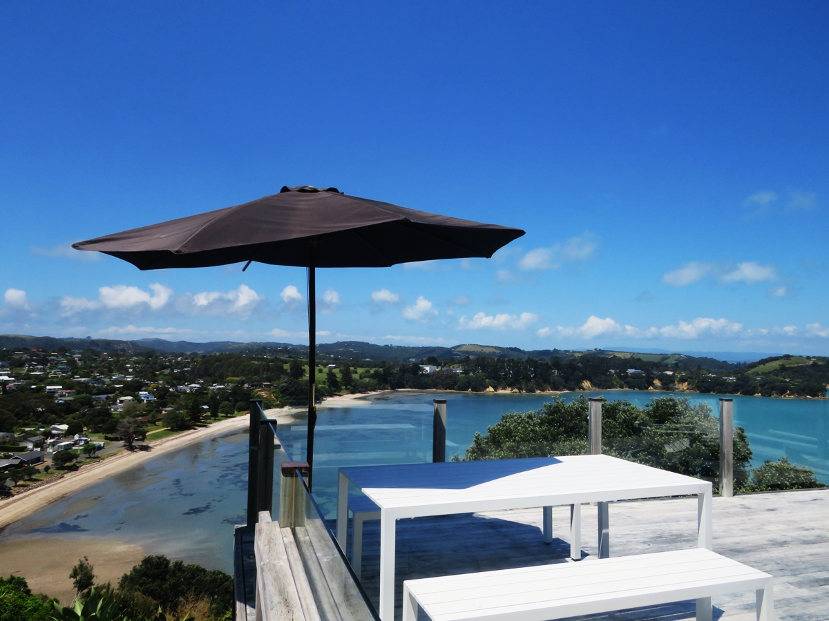 Matenga Views, Surfdale- Stay 3, Pay for 2 Winter Promo (until 30 June)