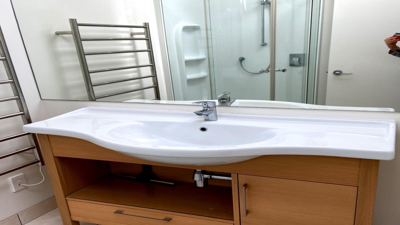 Bayview-Villa-bathroom.jpg