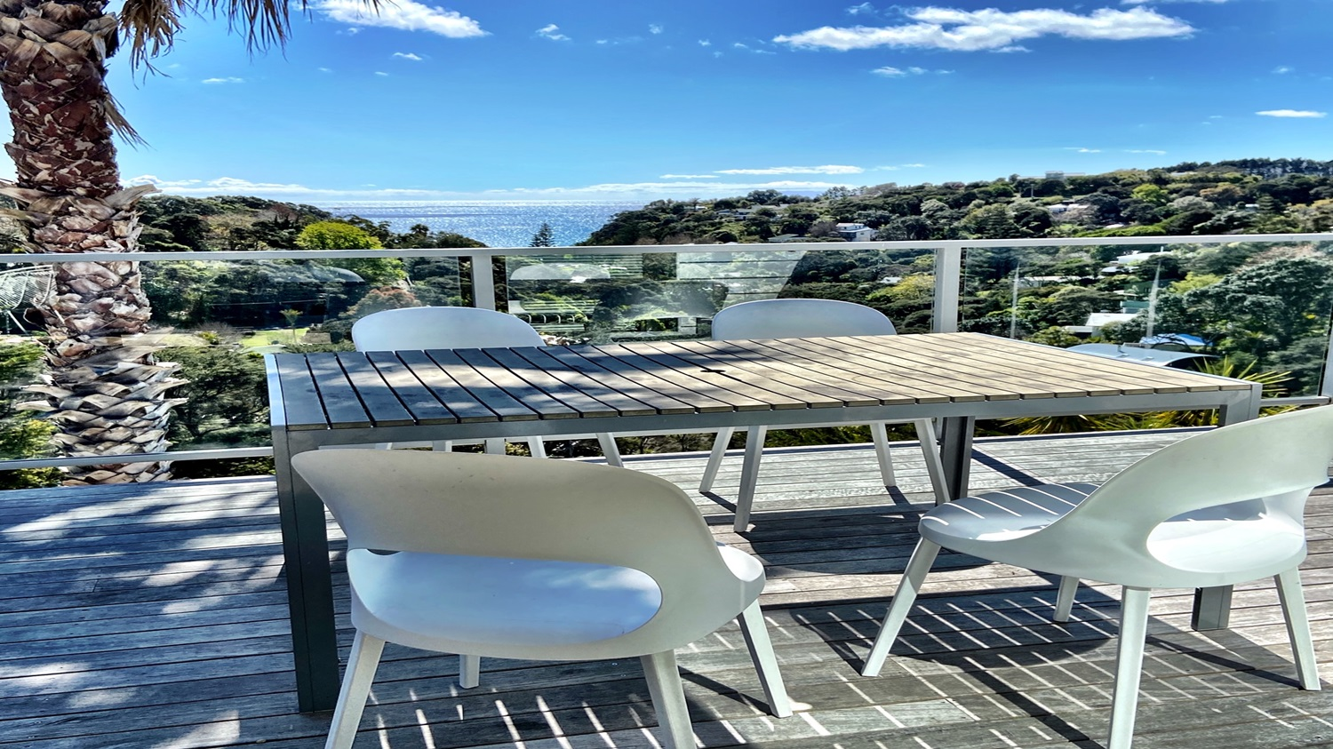 Bayview-Villa-from-the-verandah-with-table-and-chairs.jpg