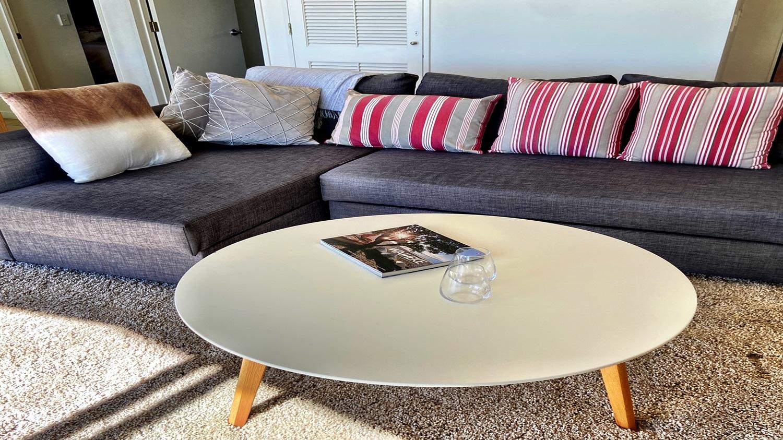 Bayview-Villa-lounge-room-1.jpg