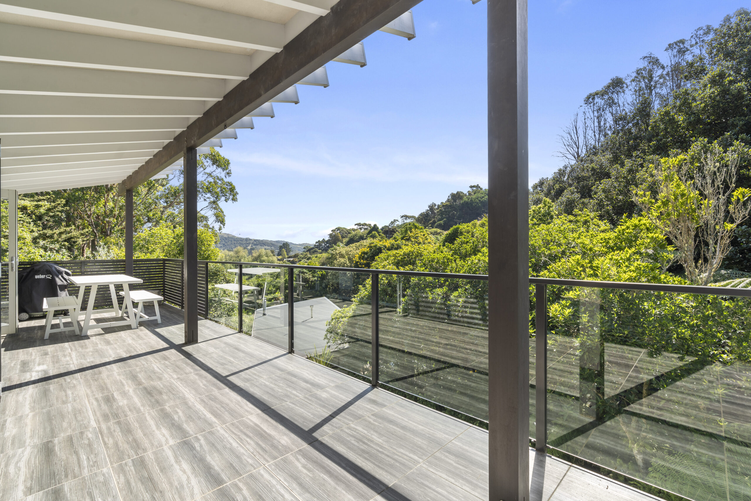 4.-Top-verandah-view-out-to-bush-scaled.jpg